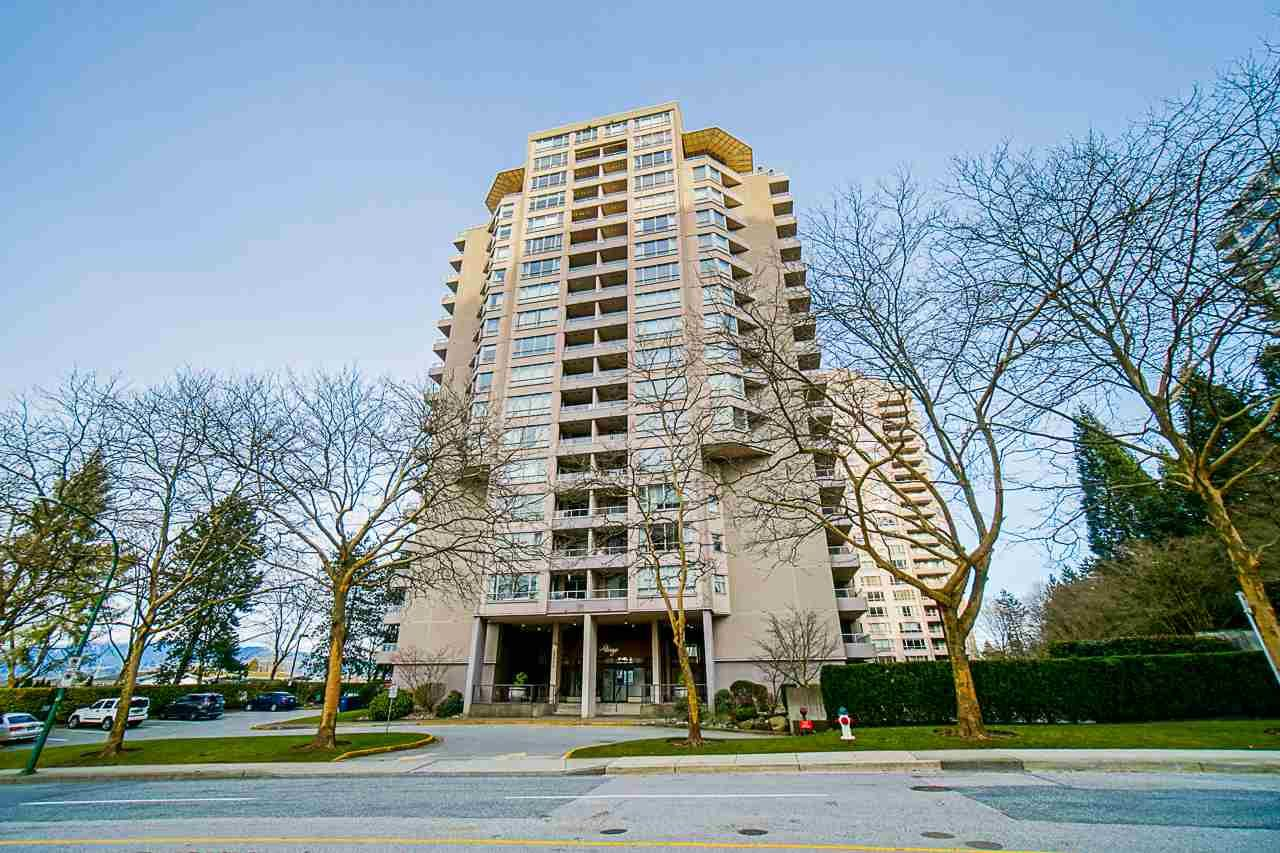 Main Photo: 1704 6070 MCMURRAY AVENUE in Burnaby: Forest Glen BS Condo for sale (Burnaby South)  : MLS®# R2442075