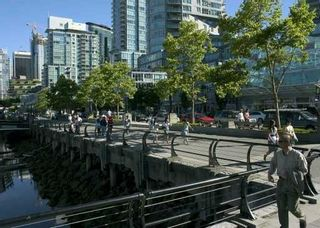 Photo 2: 709 560 CARDERO ST in Vancouver: Coal Harbour Condo for sale (Vancouver West)  : MLS®# V601825