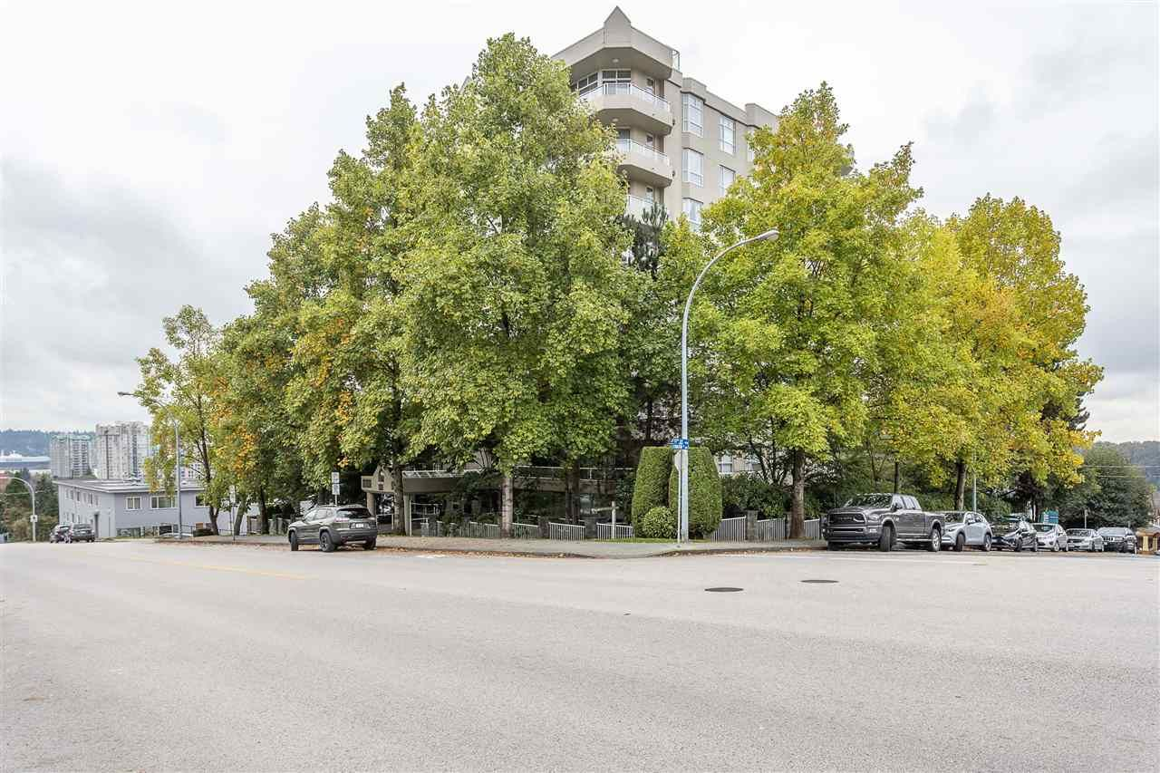 Photo 1: Photos: 401 412 TWELFTH STREET in New Westminster: Uptown NW Condo for sale : MLS®# R2507753