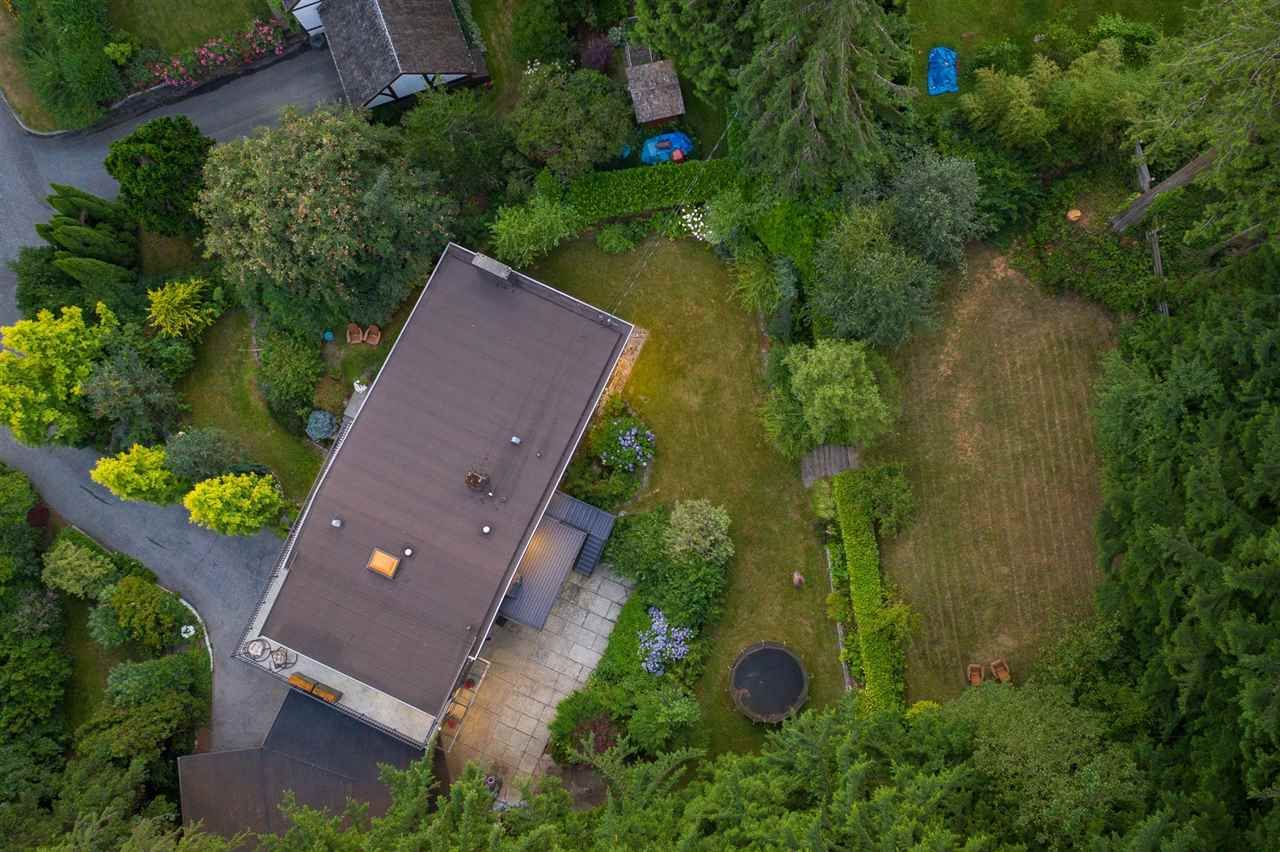 Photo 19: Photos: 315 MULGRAVE Place in West Vancouver: British Properties House for sale : MLS®# R2483368