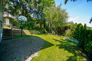 Photo 17: 2217 HILLSIDE Avenue in Coquitlam: Cape Horn House for sale : MLS®# R2387517