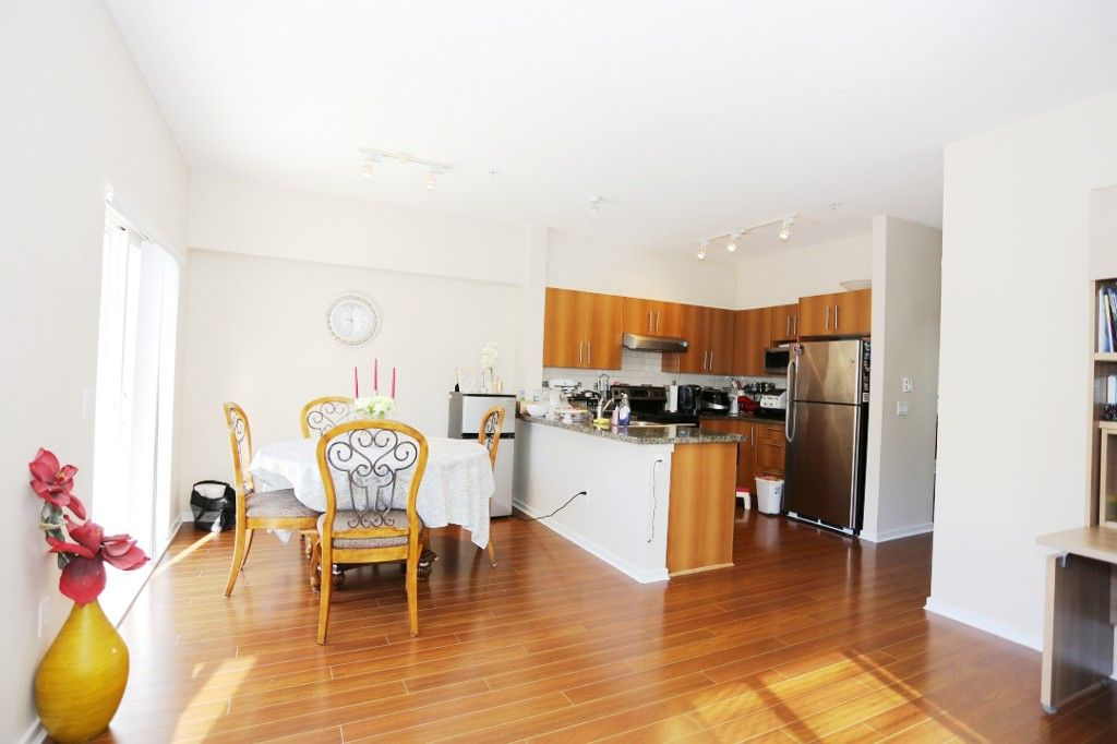 """Photo 6: Photos: 82 8089 209 Street in Langley: Willoughby Heights Townhouse for sale in """"Arborel Park"""" : MLS®# R2067787"""