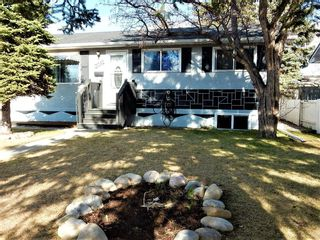 Main Photo: 2012 33 Street SE in Calgary: Southview Detached for sale : MLS®# A1096504