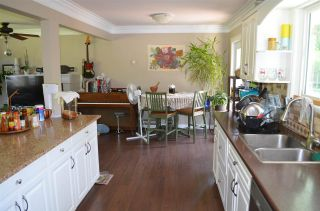 Photo 3: 8096 SUMAC Place in Mission: Mission BC House for sale : MLS®# R2577839