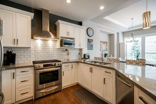 """Photo 8: 21071 78B Avenue in Langley: Willoughby Heights House for sale in """"Yorkson South"""" : MLS®# R2474012"""