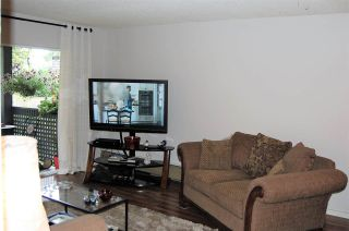 """Photo 2: 111 200 WESTHILL Place in Port Moody: College Park PM Condo for sale in """"WESTHILL PLACE"""" : MLS®# R2189218"""