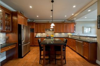 """Photo 7: 4719 DUNFELL Road in Richmond: Steveston South House for sale in """"THE DUNS"""" : MLS®# R2154381"""