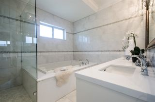 Photo 11: 5636 EWART Street in Burnaby: South Slope House for sale (Burnaby South)  : MLS®# R2066686