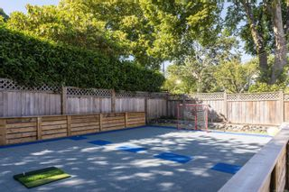 Photo 32: 396 King George Terr in Oak Bay: OB Gonzales House for sale : MLS®# 886520