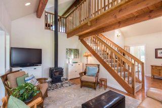 Photo 10: 7166 HESSLEA Crescent in Abbotsford: Bradner House for sale : MLS®# R2572032