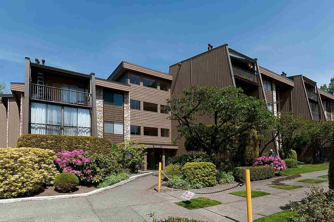 Main Photo: 210 9101 HORNE STREET in : Government Road Condo for sale : MLS®# R2411782