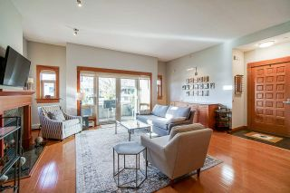 """Photo 4: 102 550 17TH Street in West Vancouver: Ambleside Condo for sale in """"The Hollyburn"""" : MLS®# R2530036"""