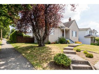 Main Photo: 7312 VICTORIA Drive in Vancouver: Fraserview VE House for sale (Vancouver East)  : MLS®# R2388837