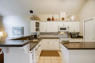 """Photo 7: 11 4001 OLD CLAYBURN Road in Abbotsford: Abbotsford East Townhouse for sale in """"Cedar Springs"""" : MLS®# R2575947"""