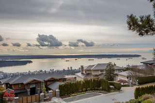 Photo 7: 1443 BRAMWELL Road in West Vancouver: Chartwell House for sale : MLS®# R2025448