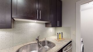 "Photo 10: 302 118 E 2ND Street in North Vancouver: Lower Lonsdale Condo for sale in ""The Evergreen"" : MLS®# R2520684"