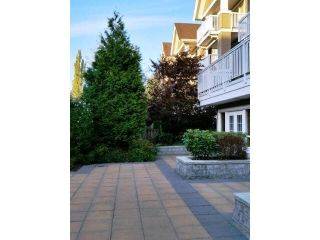 """Photo 4: 308 20750 DUNCAN Way in Langley: Langley City Condo for sale in """"FAIRFIELD LANE"""" : MLS®# F1451341"""