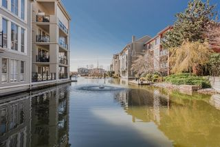 """Photo 30: 411 2 RENAISSANCE Square in New Westminster: Quay Condo for sale in """"The Lido"""" : MLS®# R2620634"""