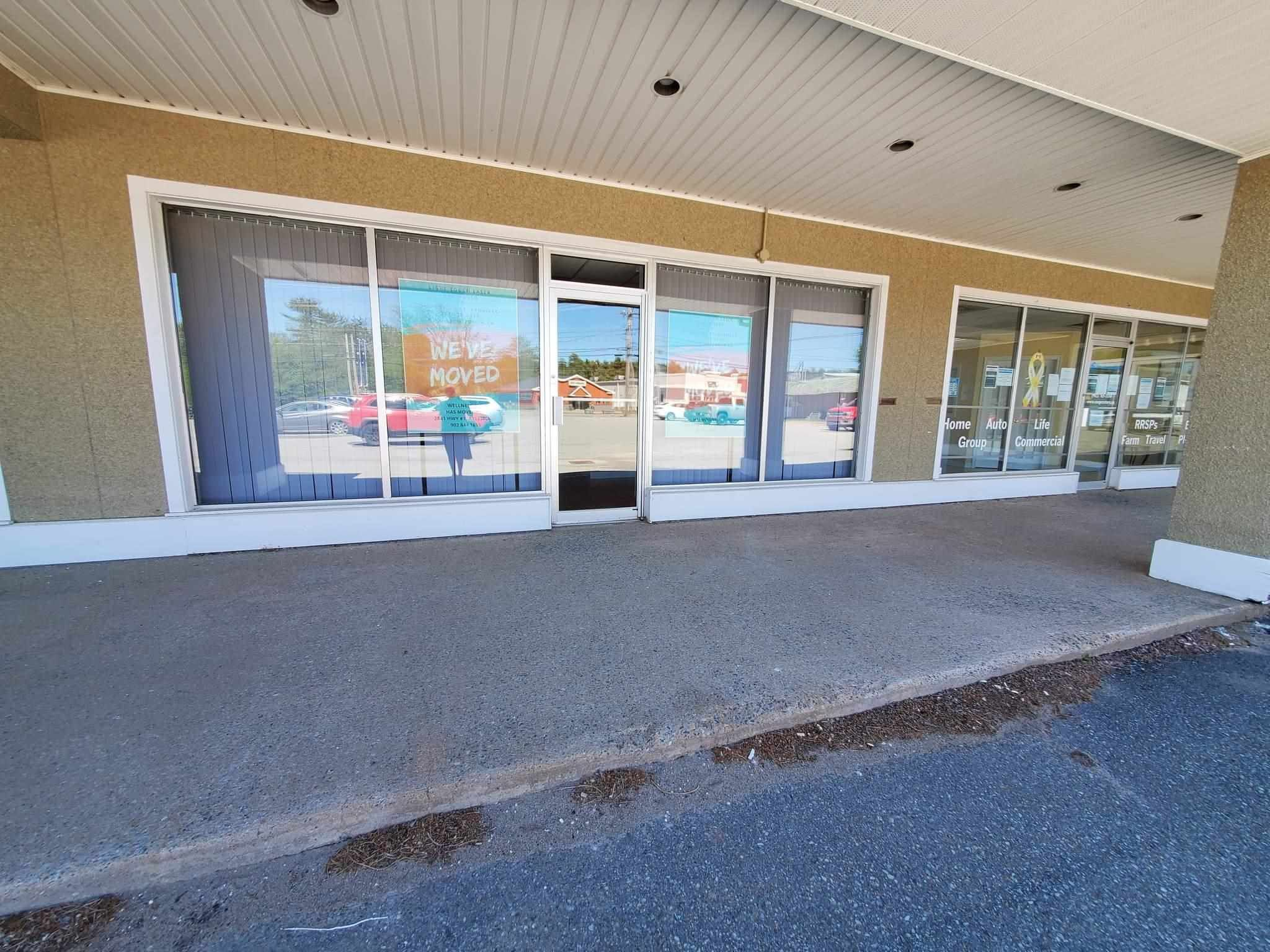 Main Photo: E 780 Central Avenue in Greenwood: 404-Kings County Commercial for lease (Annapolis Valley)  : MLS®# 202114829