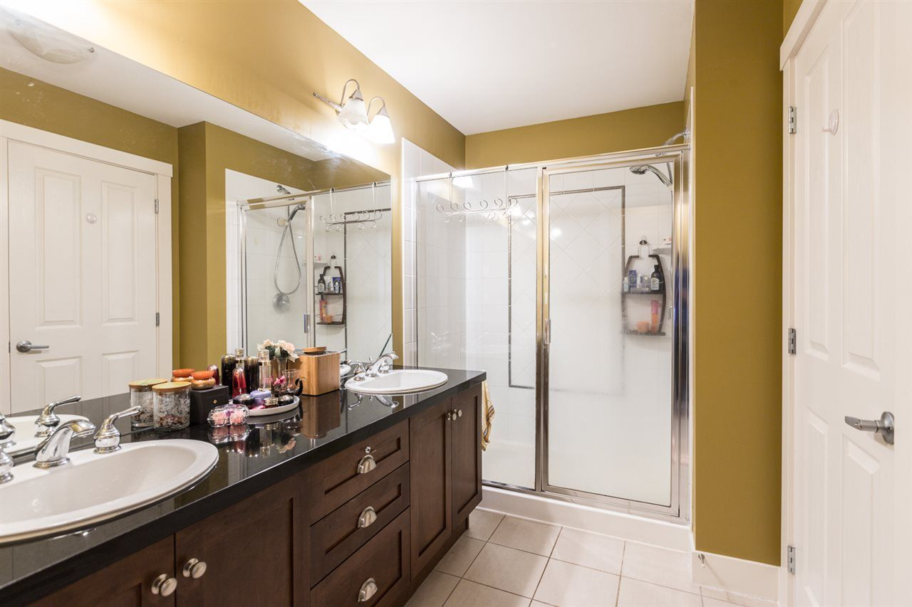 """Photo 20: Photos: 971 WESTBURY Walk in Vancouver: South Cambie Townhouse for sale in """"Churchill Gardens"""" (Vancouver West)  : MLS®# R2488294"""