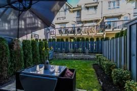 "Photo 8: 44 1338 HAMES Crescent in Coquitlam: Burke Mountain Townhouse for sale in ""FARRINGTON PARK"" : MLS®# R2048770"