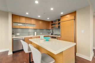 "Photo 9: 1501 1277 MELVILLE Street in Vancouver: Coal Harbour Condo for sale in ""FLATIRON"" (Vancouver West)  : MLS®# R2572328"