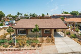 Photo 3: SAN DIEGO House for sale : 3 bedrooms : 3727 College Ave