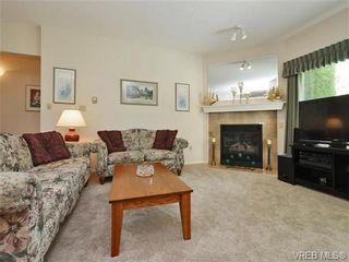 Photo 2: 103 1500 Elford St in VICTORIA: Vi Fernwood Condo for sale (Victoria)  : MLS®# 733607