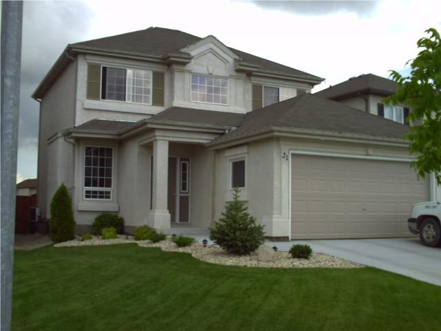 Main Photo: 21 Kirkland Drive in WINNIPEG: East Kildonan Residential for sale (North East Winnipeg)  : MLS®# 1004307