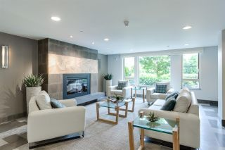 """Photo 3: 401 119 W 22ND Street in North Vancouver: Central Lonsdale Condo for sale in """"Anderson Walk"""" : MLS®# R2436594"""