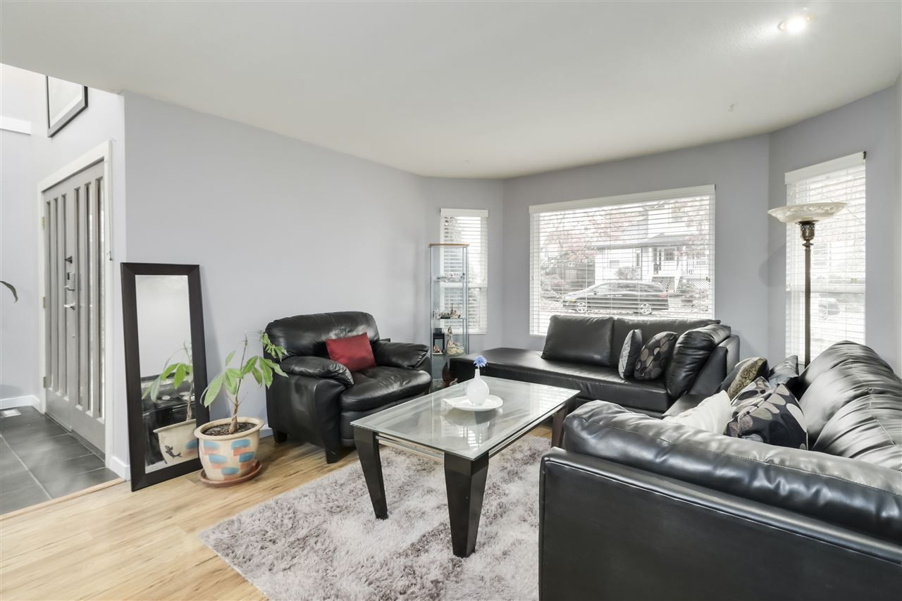 Photo 9: Photos: 23796 110B Avenue in Maple Ridge: Cottonwood MR House for sale : MLS®# R2516377