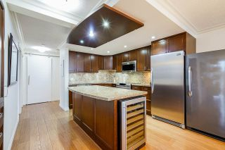 """Photo 12: 1606 1065 QUAYSIDE Drive in New Westminster: Quay Condo for sale in """"Quayside Tower II"""" : MLS®# R2539585"""