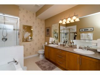 """Photo 12: 49 15188 62A Avenue in Surrey: Sullivan Station Townhouse for sale in """"Gillis Walk"""" : MLS®# F1413374"""
