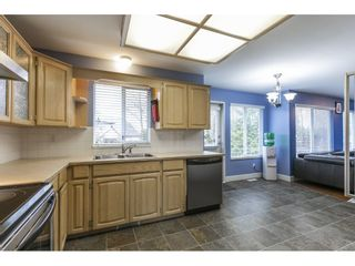 """Photo 11: 21487 TELEGRAPH Trail in Langley: Walnut Grove House for sale in """"FOREST HILLS"""" : MLS®# R2561453"""