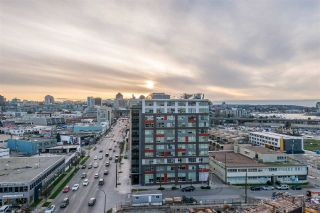 """Photo 20: 1409 1788 COLUMBIA Street in Vancouver: False Creek Condo for sale in """"Epic at West"""" (Vancouver West)  : MLS®# R2392931"""