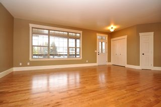 Photo 4: 4 Woodside Crescent in Garson: Single Family Detached for sale : MLS®# 1204359