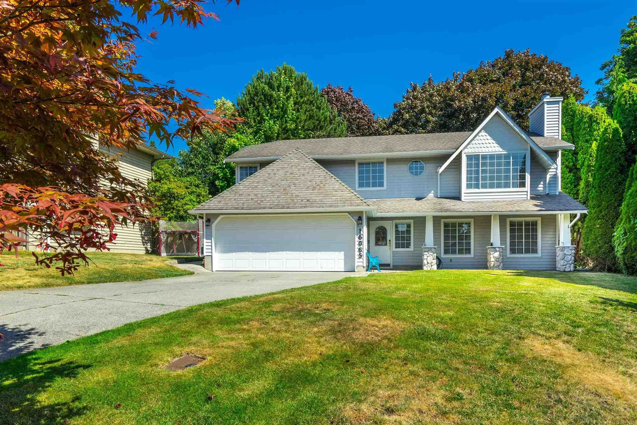 Main Photo: 16065 10A Avenue in Surrey: King George Corridor House for sale (South Surrey White Rock)  : MLS®# R2598304
