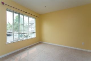 """Photo 17: 68 6465 184A Street in Surrey: Cloverdale BC Townhouse for sale in """"Rosebury Lane"""" (Cloverdale)  : MLS®# R2306057"""