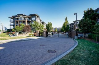 """Photo 2: 105 20062 FRASER Highway in Langley: Langley City Condo for sale in """"Varsity"""" : MLS®# R2599620"""