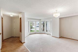 Photo 5: 319 Eldorado Place NE in Calgary: Monterey Park Detached for sale : MLS®# A1114122