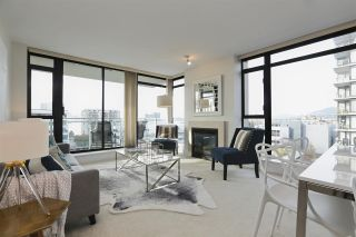 """Photo 5: 604 155 W 1ST Street in North Vancouver: Lower Lonsdale Condo for sale in """"TIME"""" : MLS®# R2335827"""