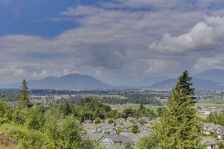 """Photo 16: 32 6026 LINDEMAN Street in Chilliwack: Promontory Townhouse for sale in """"Hillcrest Lane"""" (Sardis)  : MLS®# R2485798"""