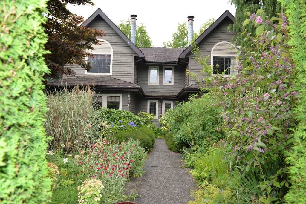 Main Photo:  in : Kitsilano House for rent (Vancouver East)  : MLS®# AR095