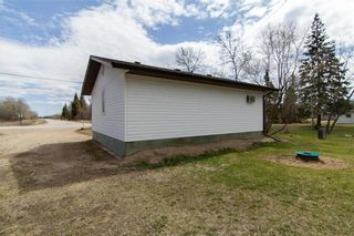 Photo 2: 4166 89 Highway in Piney: R17 Residential for sale : MLS®# 202110942