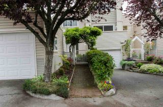 "Photo 2: 1 5635 LADNER TRUNK Road in Delta: Hawthorne Townhouse for sale in ""Hawthorne"" (Ladner)  : MLS®# R2106252"