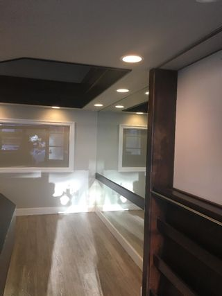 Photo 2: 101 3151 WOODBINE Drive in North Vancouver: Edgemont Office for lease : MLS®# C8036221