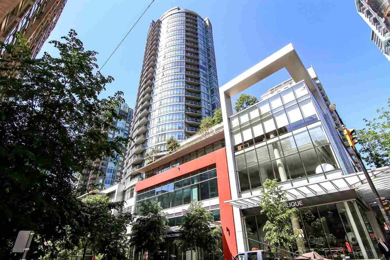 """Main Photo: 1907 833 HOMER Street in Vancouver: Downtown VW Condo for sale in """"ATELIER"""" (Vancouver West)  : MLS®# R2067914"""