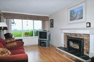 "Photo 12: 20875 125TH Avenue in Maple Ridge: Northwest Maple Ridge House for sale in ""CHILCOTIN"" : MLS®# V890482"