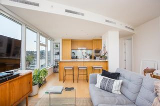 """Photo 12: 1005 1565 W 6TH Avenue in Vancouver: False Creek Condo for sale in """"6th & Fir"""" (Vancouver West)  : MLS®# R2598385"""