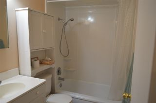 """Photo 9: 7 121 E 18TH Street in North Vancouver: Central Lonsdale Condo for sale in """"THE ROSELLA"""" : MLS®# R2018967"""